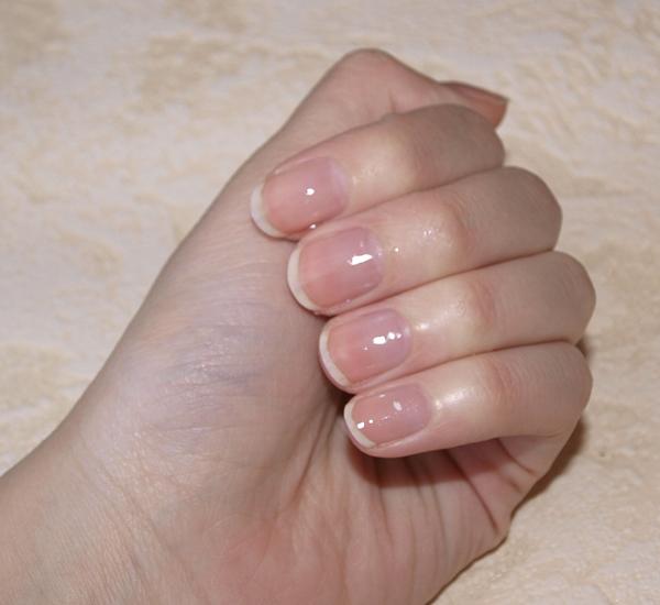 Прозрачный гель лак для ногтей
