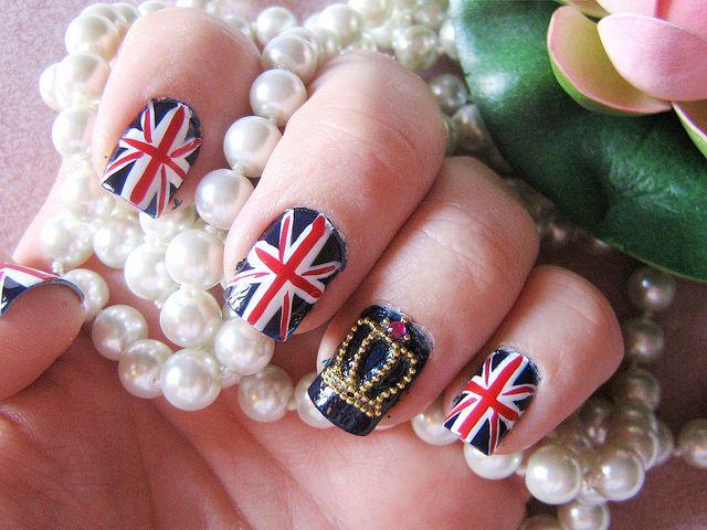 Маникюр флаг британский