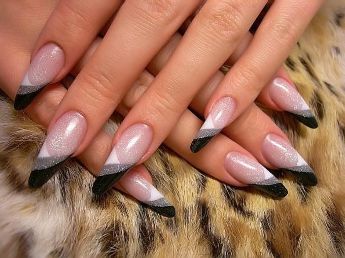 Дизайн ногтей френч острых ногтей