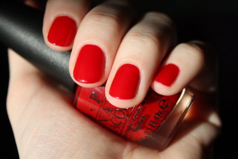 Ногти с красным цветом на короткие ногти