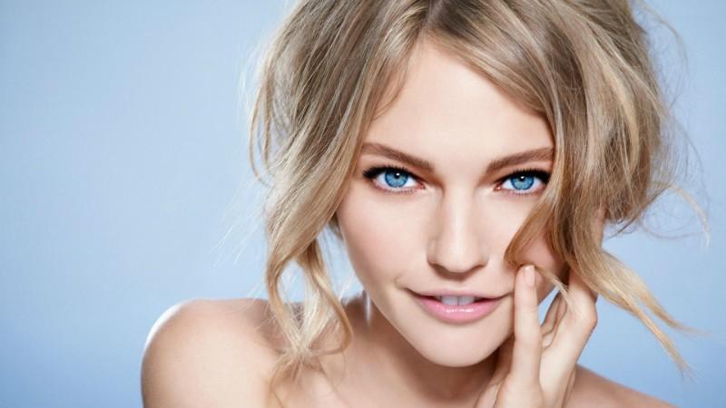 Макияж глаз для блондинок с голубыми глазами