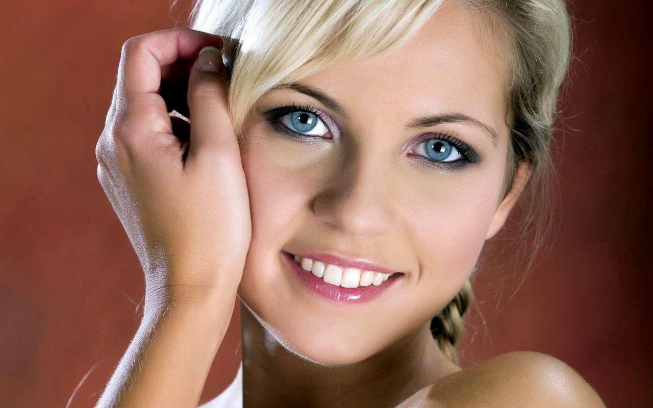 Красивый макияж для голубых глаз (50 фото) Мейкап пошагово 8