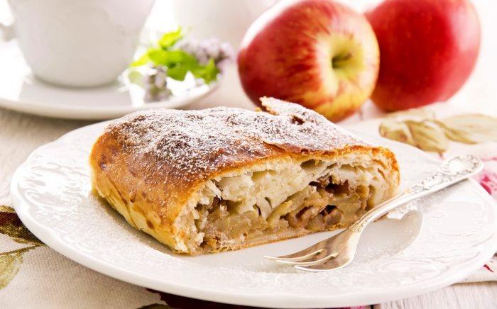 Бисквит с яблоками — 7 рецептов приготовления