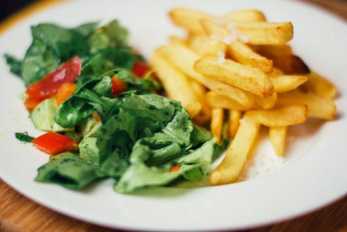 dish-meal-food-salad-produce-vegetable-plate-breakfast-snack-lunch-cuisine-vegetables-dinner-vegetarian-food-french-fries-860906-e1534315199418-687x460.jpg