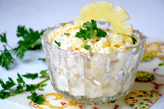 Салат курица сыр ананасы кинза