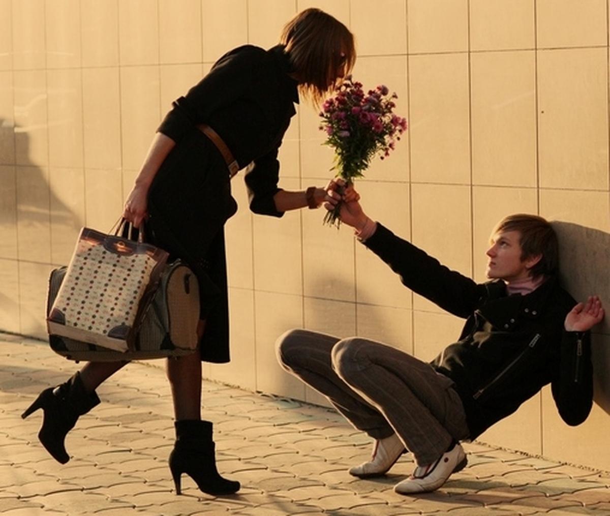 Встреча мужчины и женщины картинка прикол