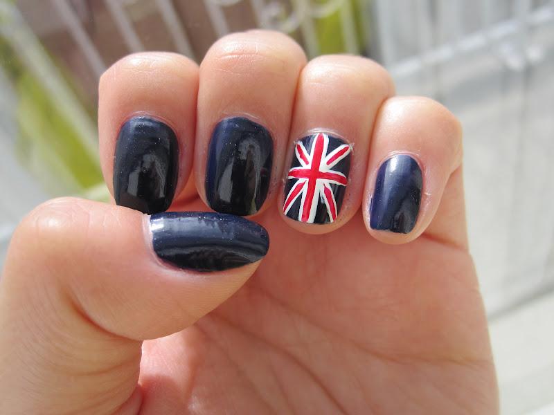 Маникюр британский флаг картинки