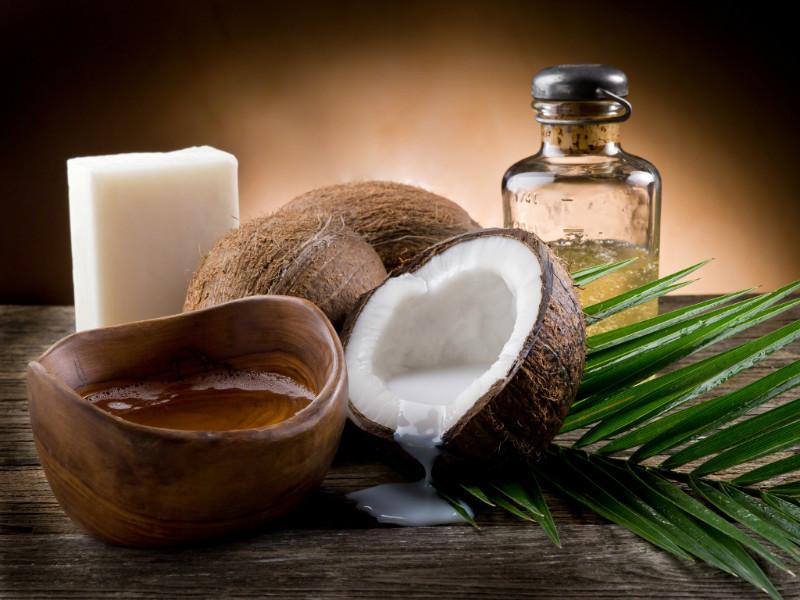 Кокосовое масло против выпадения волос